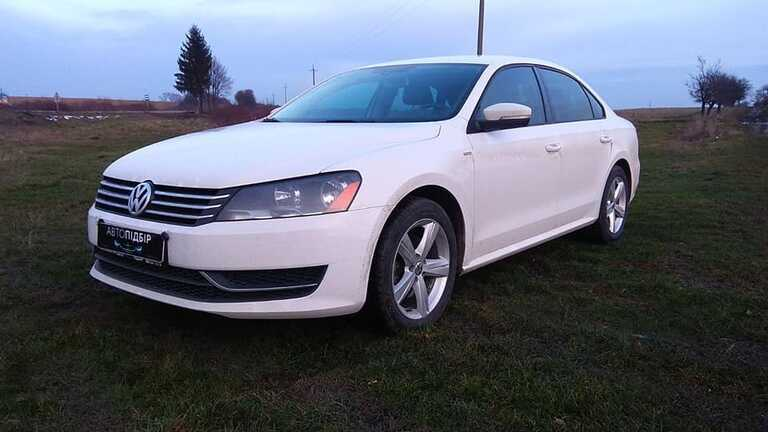 VW Passat White 1.8 tsi 2014