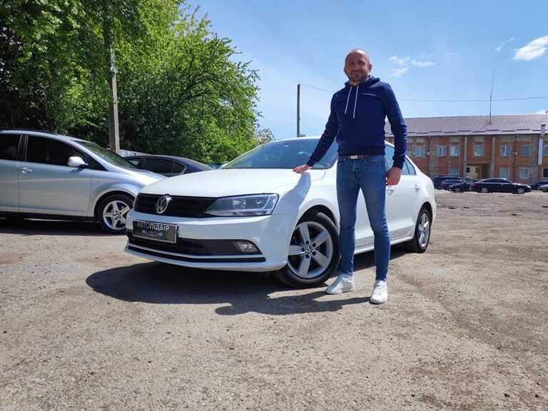 VW Jetta 1.6 tdi 2016